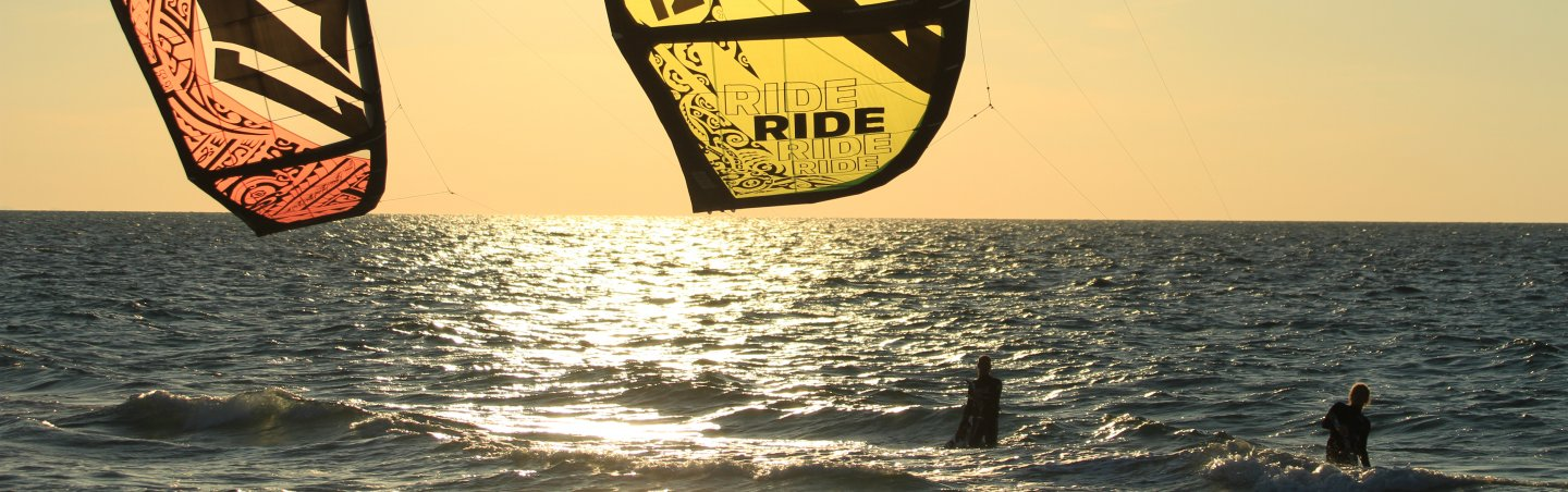 Kitesurfing lessons for beginner